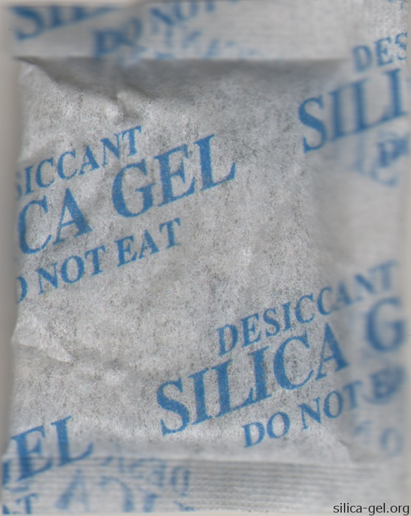 Large Silica Gel Desiccant Packet With Blue Printing